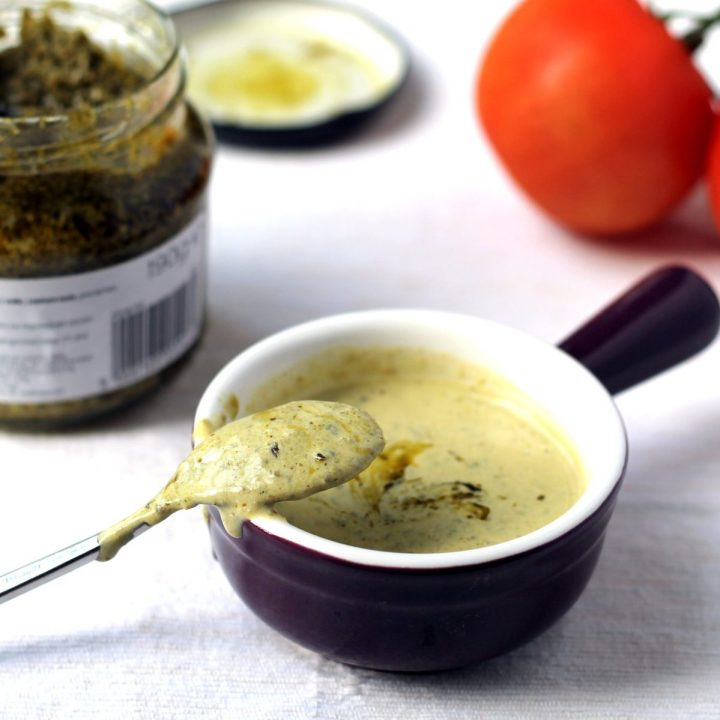 Simple Creamy Pesto Salad Dressing