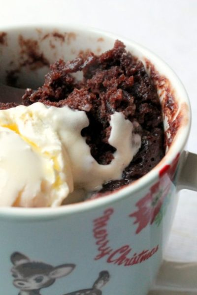 This mug cake is easy and deliciously festive, it reminds me of British classic Terry's chocolate orange!