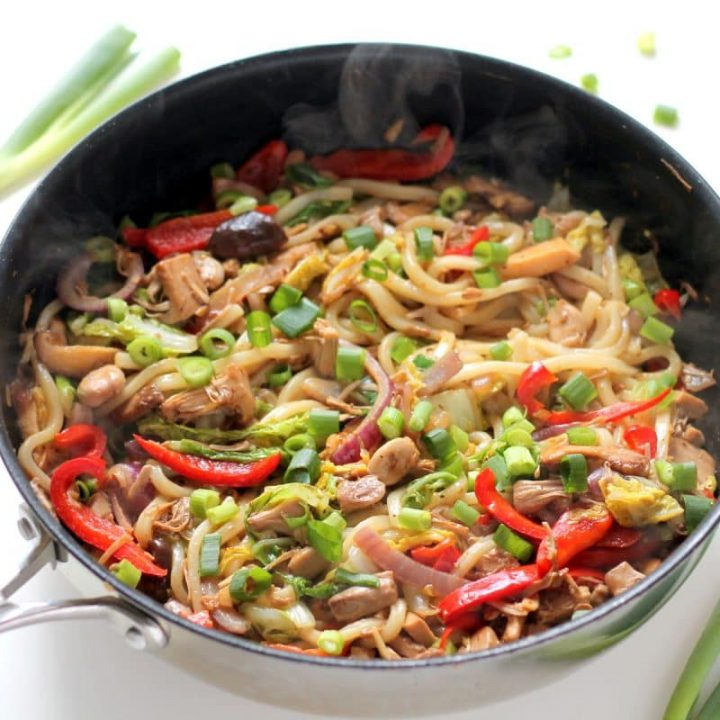 Vegan Udon Noodle Stir Fry with Jackfruit