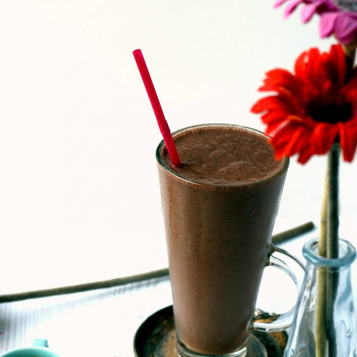 Hazelnut Maca Mocha Breakfast Smoothie