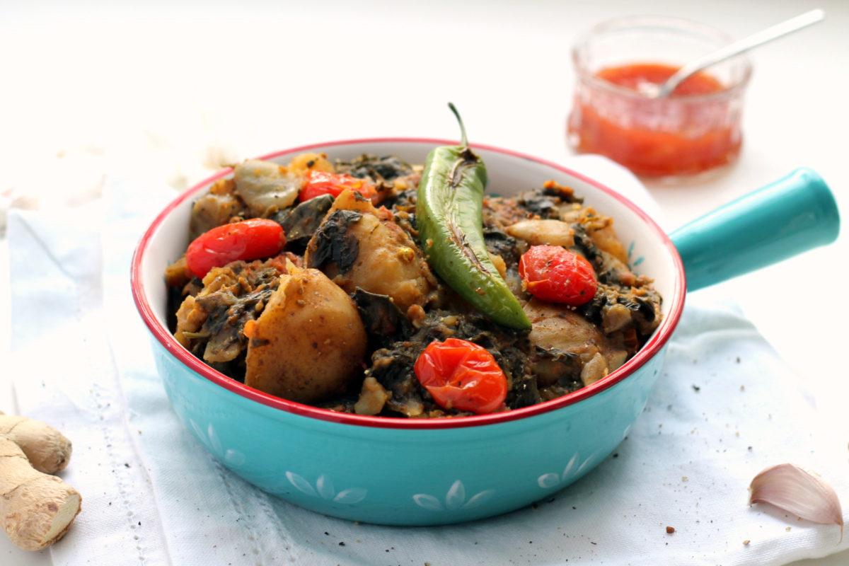 1-slow cooker sag aloo-041