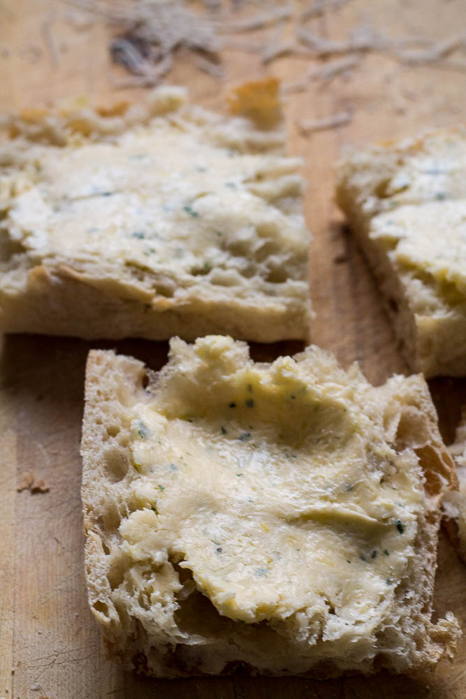 Garlic bread prepped to go into the air fryer